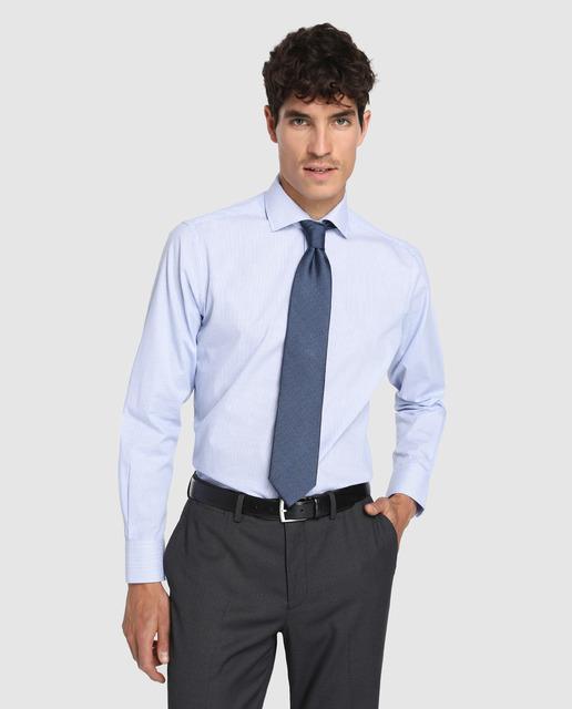 como combinar chamarras y camisas y corbatas