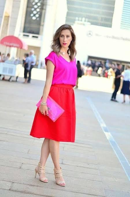 maneras de usar una blusa rosa
