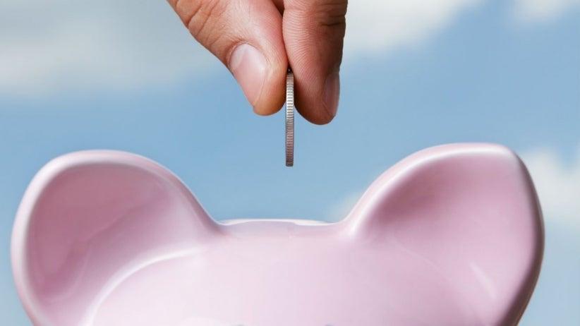 Ahorro de dinero en alcancía