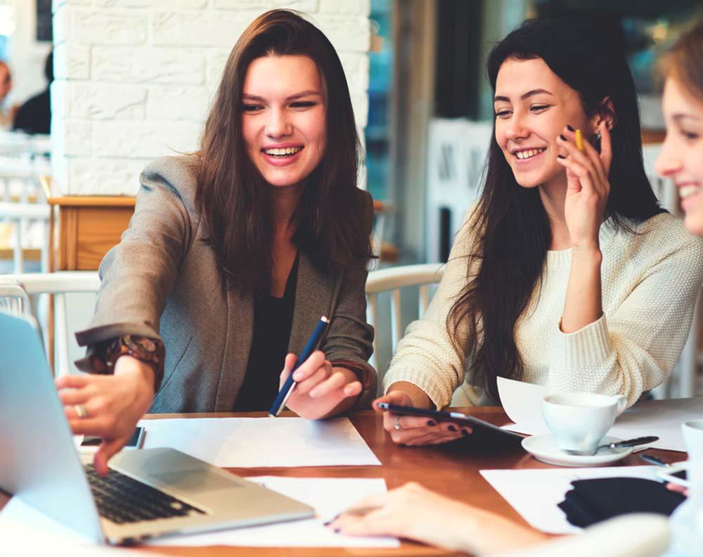 Grupo de chicas emprendedoras
