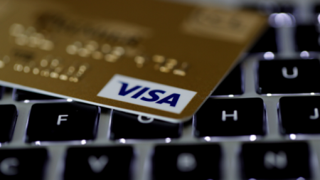 tarjeta con beneficios de Visa